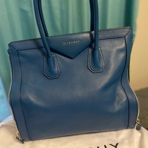 GIVENCHY Blue Leather Antigona Side Zip Tote
